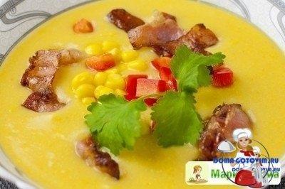 Картофельный суп с консервированной кукурузой и беконом