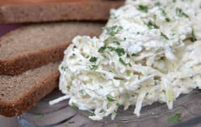 Буженина с корневым и витаминным салатом