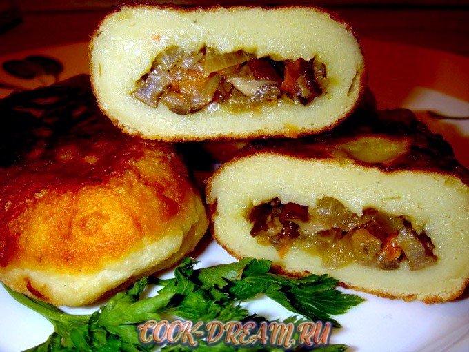 Картопляники -украинские картофельные пирожки с начинкой