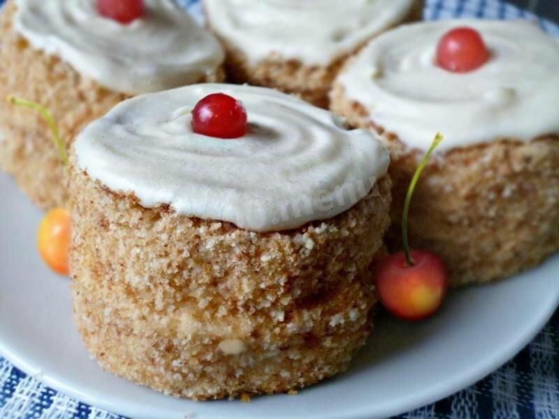 """Пирожное """"Лакомка"""" — рецепты вкуснейшего десерта быстрого приготовления"""