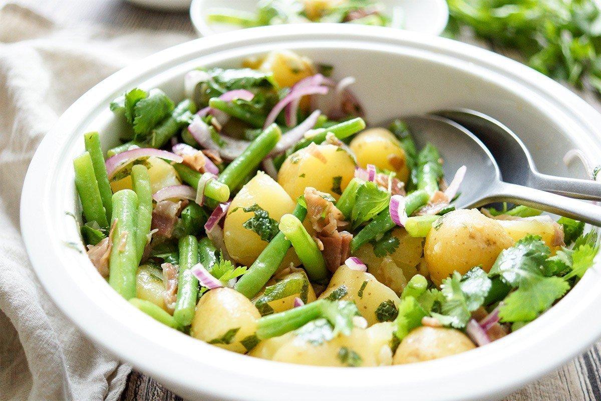 salat-s-kartoflelem-8287630