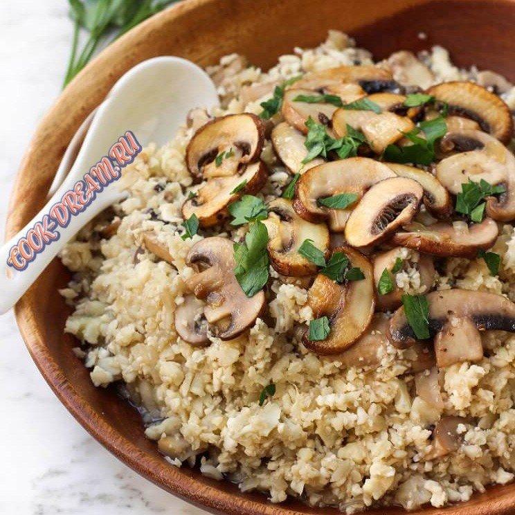 Что приготовить к рису - рецепт рис с грибами и чесноком