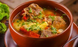 Хашлама - традиционное блюдо кавказской кухни